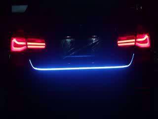 اضاءة متحركة مع اضاءة الفوانيس الخلفية